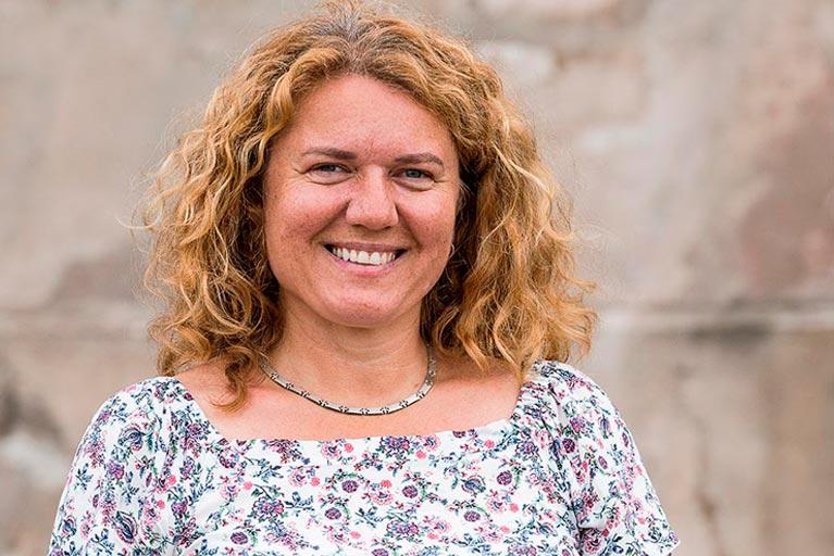 Schulleitung MOS Franken Angela Ast-Hasch